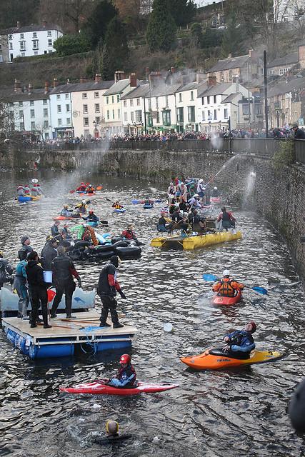 Matlock-Raft-Race