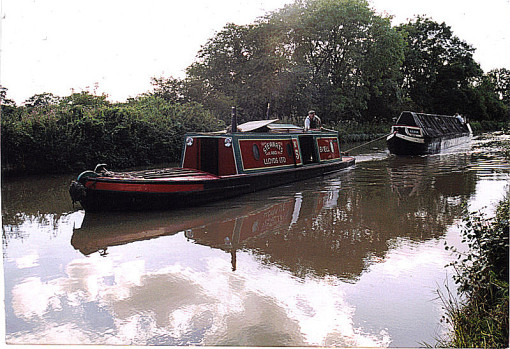 2001. Bittell towing Kildare down the Grand Union Canal to Milton Keynes.