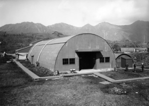 Quonset_hut_on_Attu_c1944