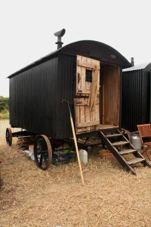 reeves hut1