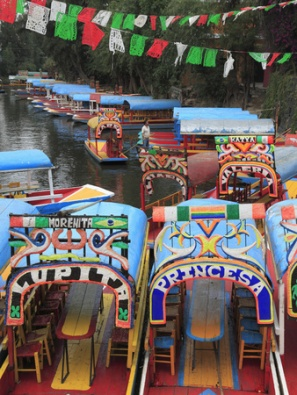 connett-wendy-brightly-painted-boats-xochimilco-trajinera-floating-gardens-canals-unesco-world-heritage-site