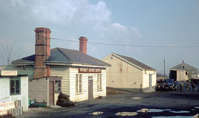Witney_Station_2