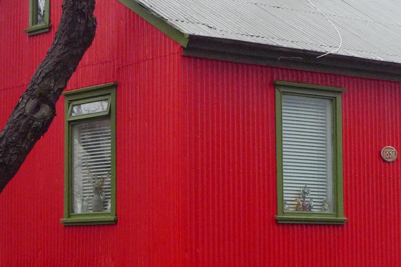 090220_reykjavik_house_detail_800
