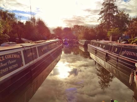 Autumn Boating (2.) Setting theScene