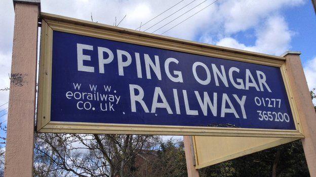_82061916_eppingongarrailway